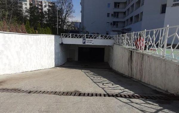 гараж софия cmvwpx8q