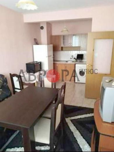 двустаен апартамент айтос rmauayev