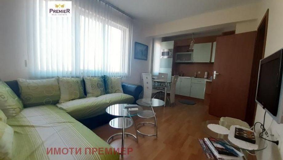 двустаен апартамент ален мак amht9284