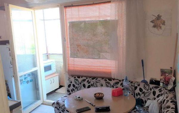двустаен апартамент бургас urd6ylq8