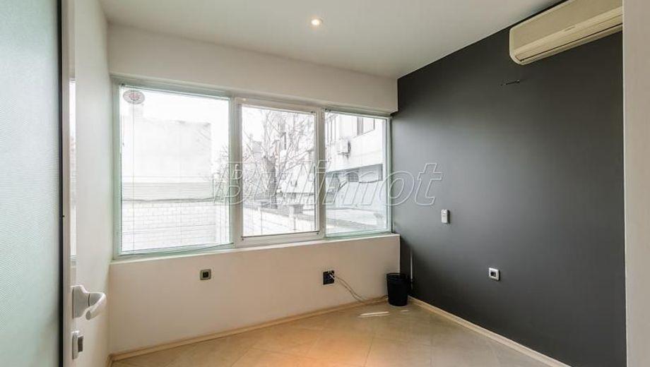 двустаен апартамент варна 42smunng
