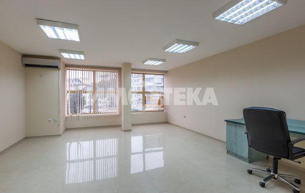 двустаен апартамент варна 74jq8pqs