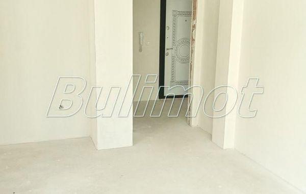 двустаен апартамент варна b72grhpn