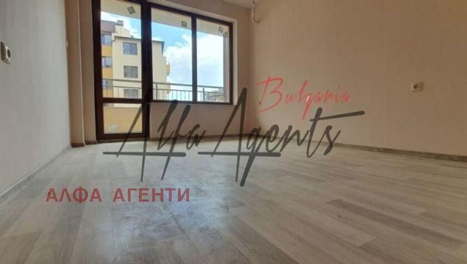 двустаен апартамент варна b9p5v6cq