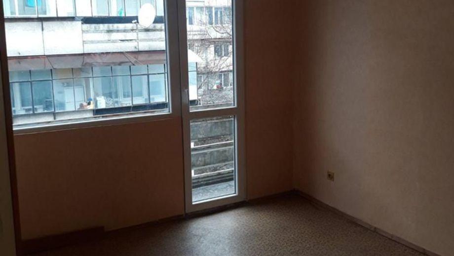 двустаен апартамент варна djfja8c2