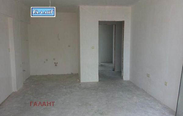 двустаен апартамент варна l47hs3g8