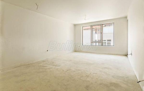 двустаен апартамент варна ly9pc2j9