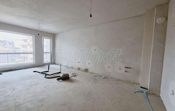 двустаен апартамент варна u868ubj7