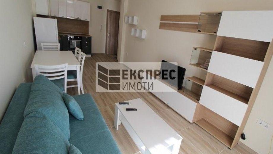 двустаен апартамент варна ux64e512