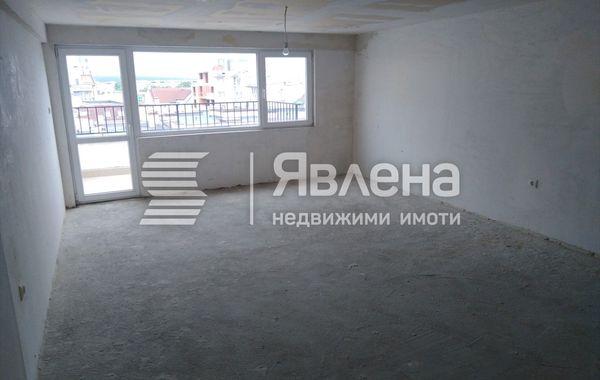 двустаен апартамент варна yq2dcrcj