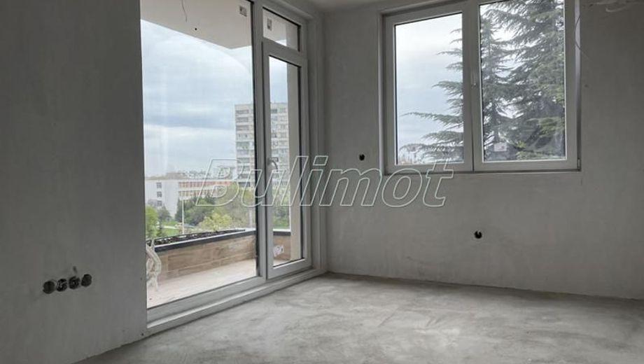 двустаен апартамент варна yt2a4q9c
