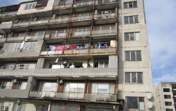 двустаен апартамент добрин sbcjhtp3