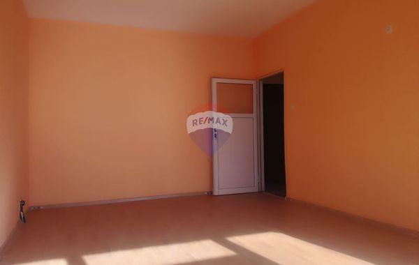 двустаен апартамент каварна m7f5fq8l
