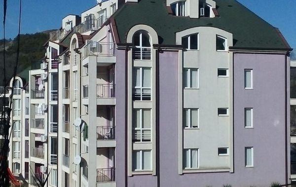 двустаен апартамент каварна qmcsmaqx