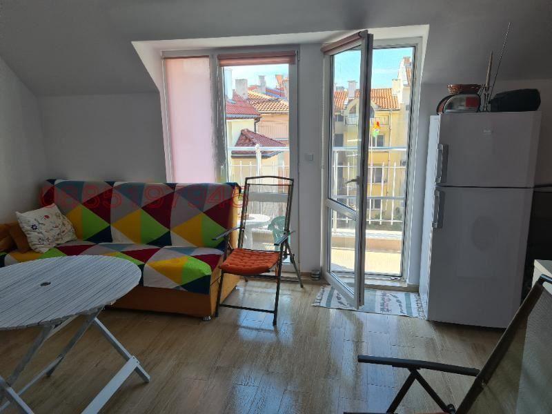 двустаен апартамент несебър cmu549kw