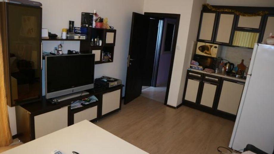 двустаен апартамент несебър uyt582bx