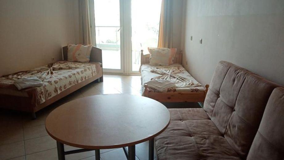 двустаен апартамент приморско dq9q7fre