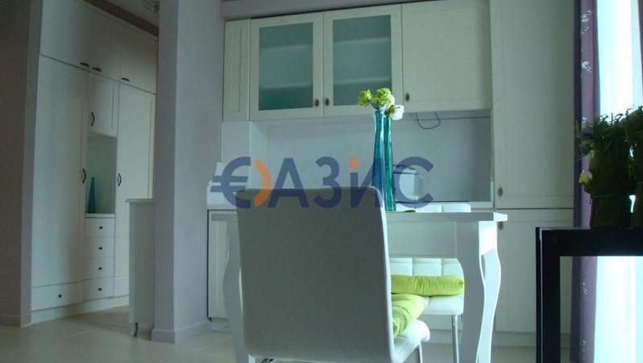 двустаен апартамент приморско vsm47gc4