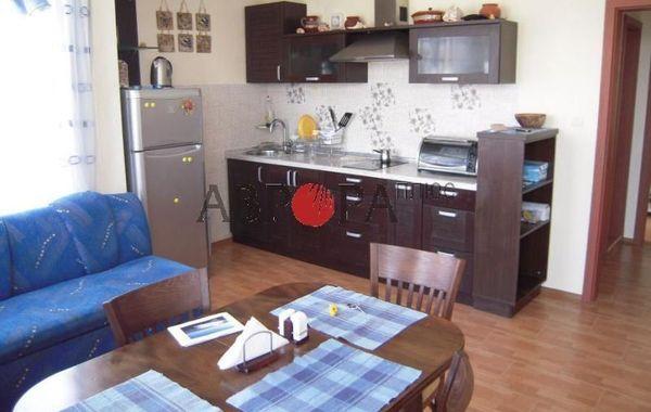 двустаен апартамент равда 74q9phqc