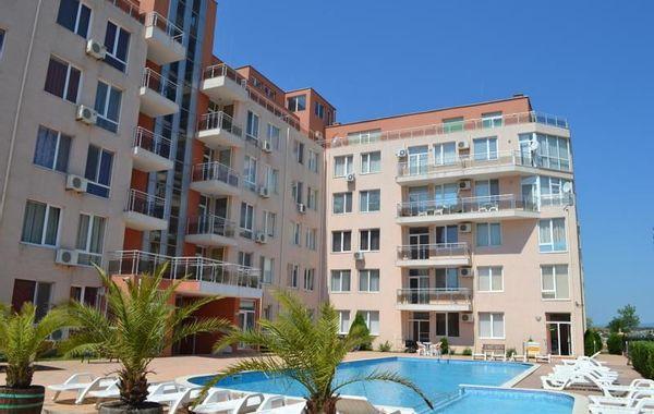двустаен апартамент слънчев бряг 4l1v5wp2