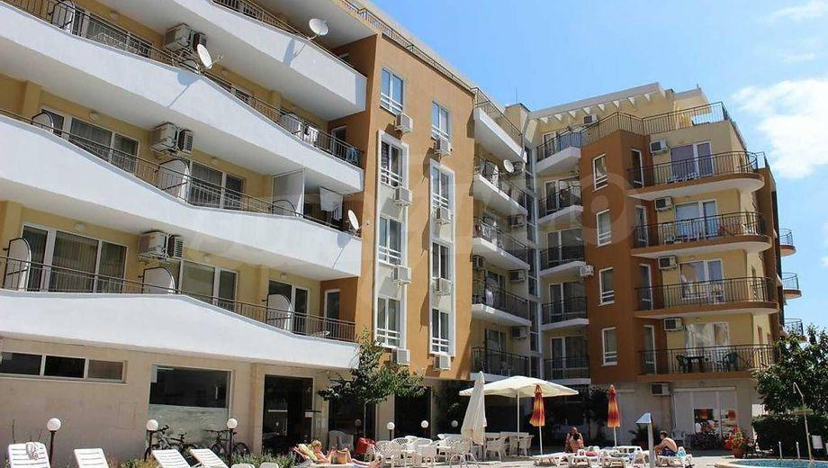 двустаен апартамент слънчев бряг ay9m75rn