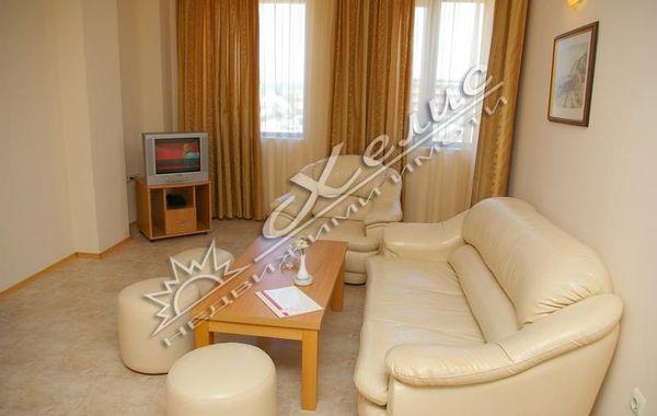 двустаен апартамент слънчев бряг rvmejwed