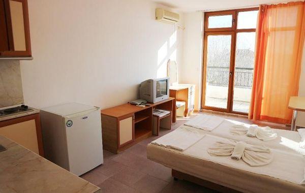 двустаен апартамент слънчев бряг th3ebkkm
