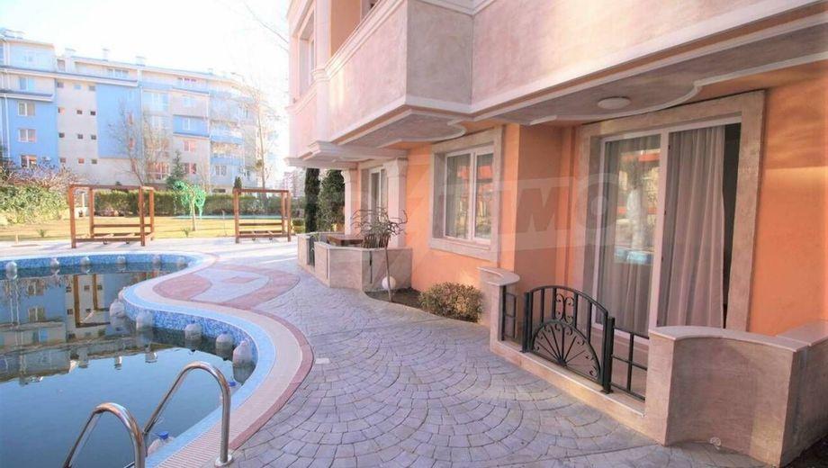 двустаен апартамент слънчев бряг wllv75yn
