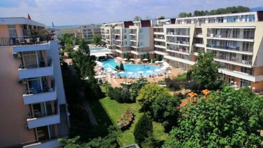 двустаен апартамент слънчев бряг y9m4j6w2