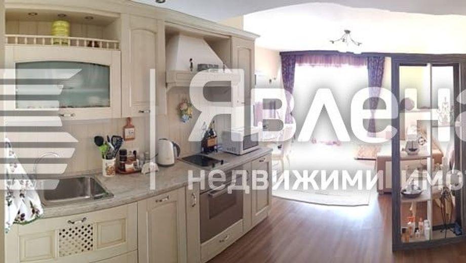 двустаен апартамент слънчев ден w3bnb38w