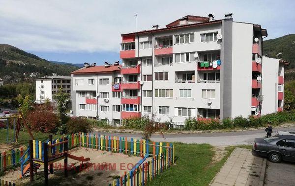 двустаен апартамент смолян j5aqvg1b