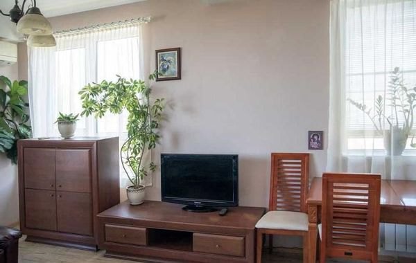 двустаен апартамент софия 84eh86at