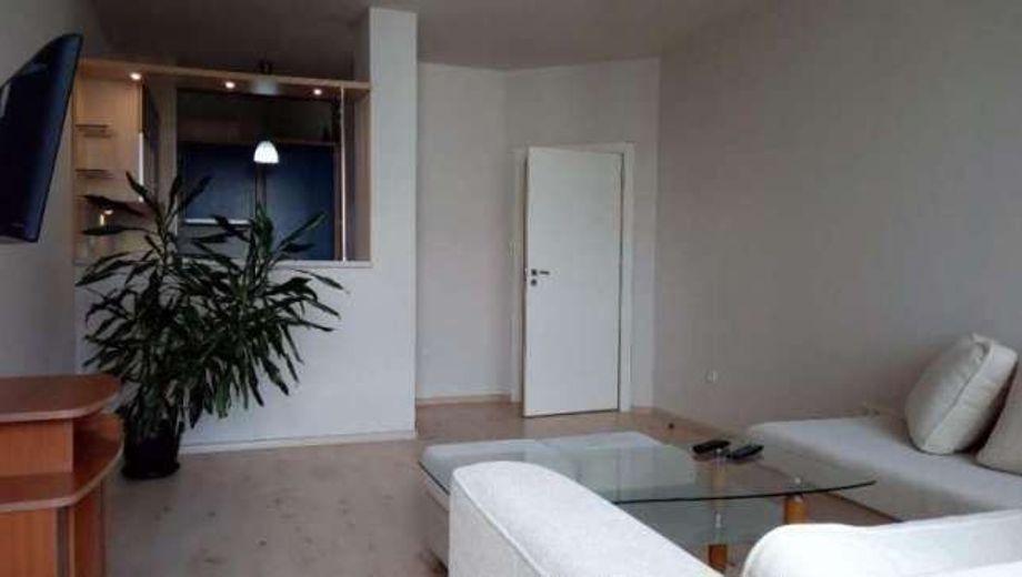 двустаен апартамент софия d2vnje8l