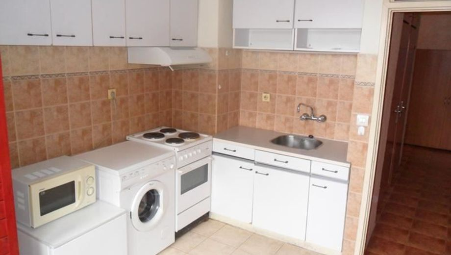 двустаен апартамент софия g6d6n87x