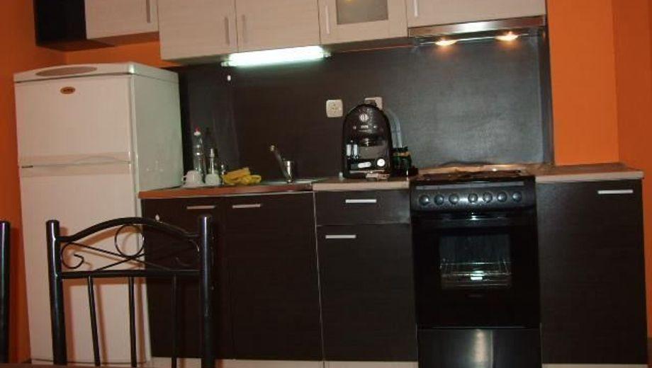 двустаен апартамент софия hpj24w8f