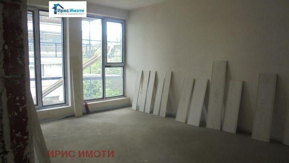 двустаен апартамент софия m8e69syg