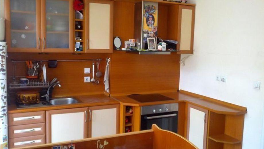 двустаен апартамент софия qa8y59hb