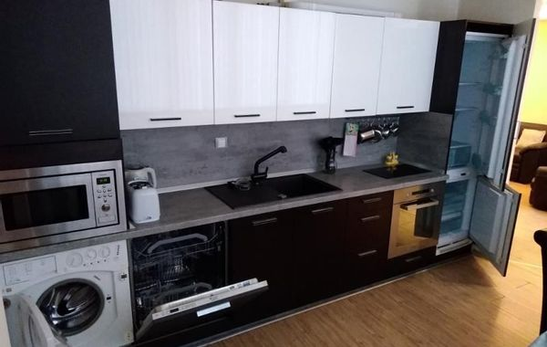 двустаен апартамент софия v7w82l3c