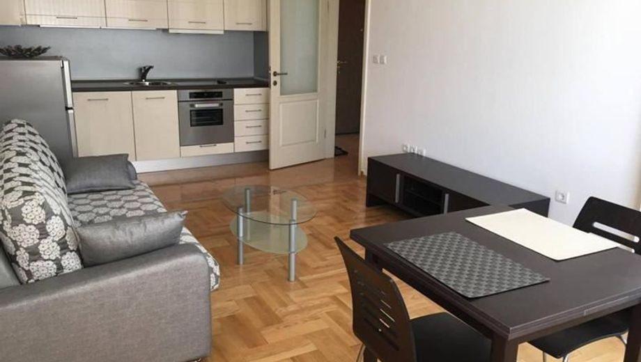 двустаен апартамент софия xa719u3u