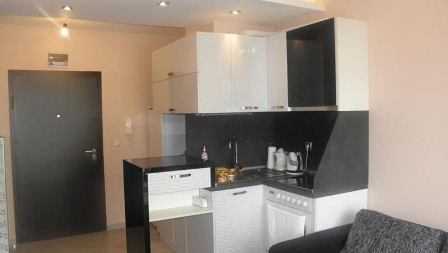 двустаен апартамент софия ybun1p7m