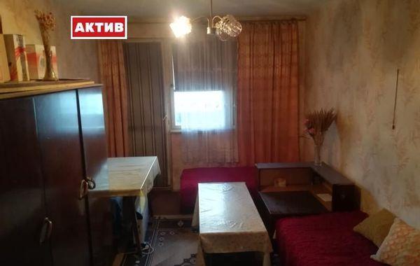 двустаен апартамент търговище 5nu3s2a4