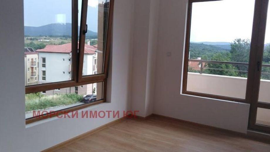 двустаен апартамент царево qvs8n95m