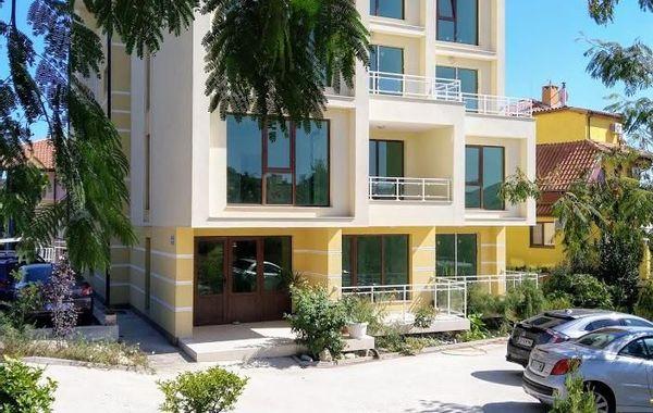двустаен апартамент черноморец cs492q67