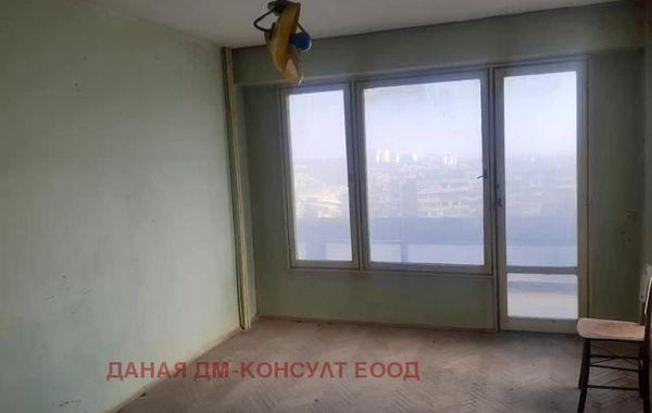 двустаен апартамент шумен 6r8qj9bg