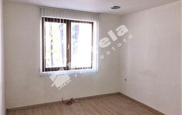 едноастаен апартамент варна sd8sy2qj