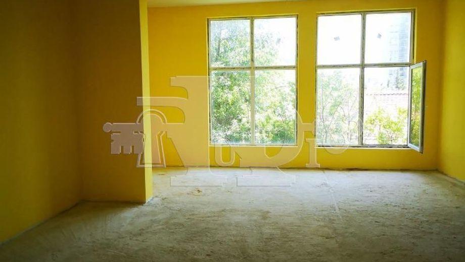 едноастаен апартамент варна v67yga9w