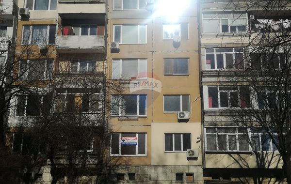 едноастаен апартамент каварна hl1rp3s2