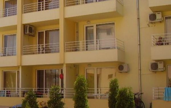 едностаен апартамент слънчев бряг d2c1pn5p