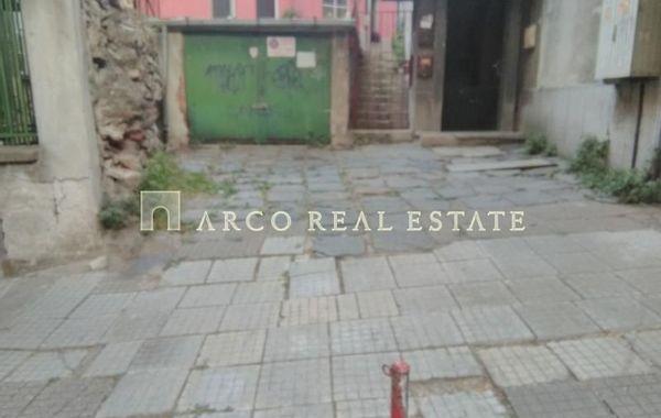 етаж от къща Пловдив D8LLFDV4