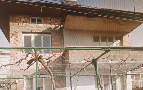 етаж от къща карлово ymtk4b3c